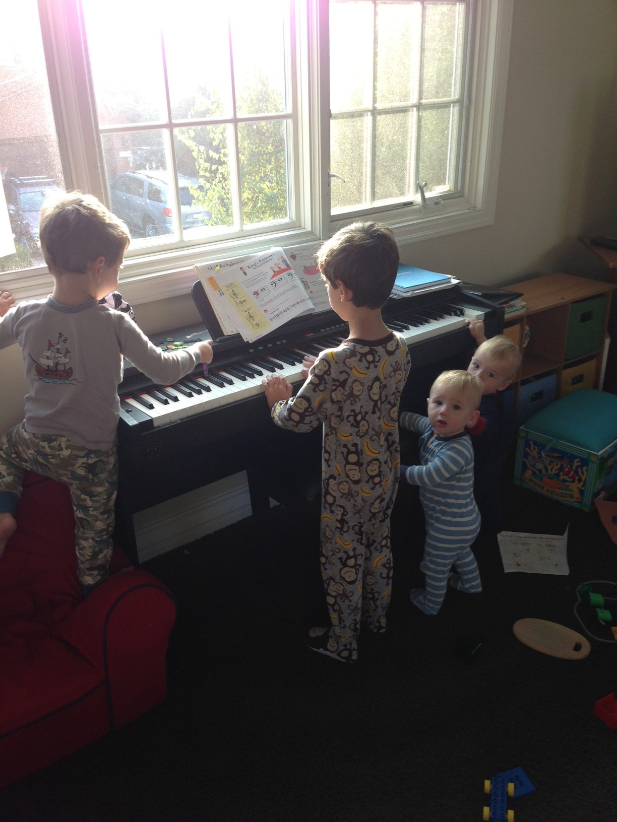 Jack Jonah Noah Gabe all playing piano 2012 nov