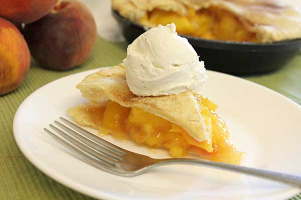 Peach pie and icecream