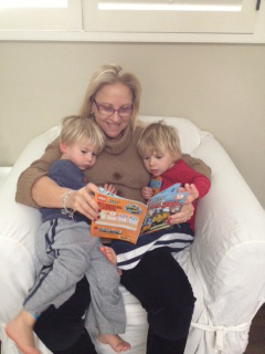 Larraine reading to Noah and gabe dec 2013