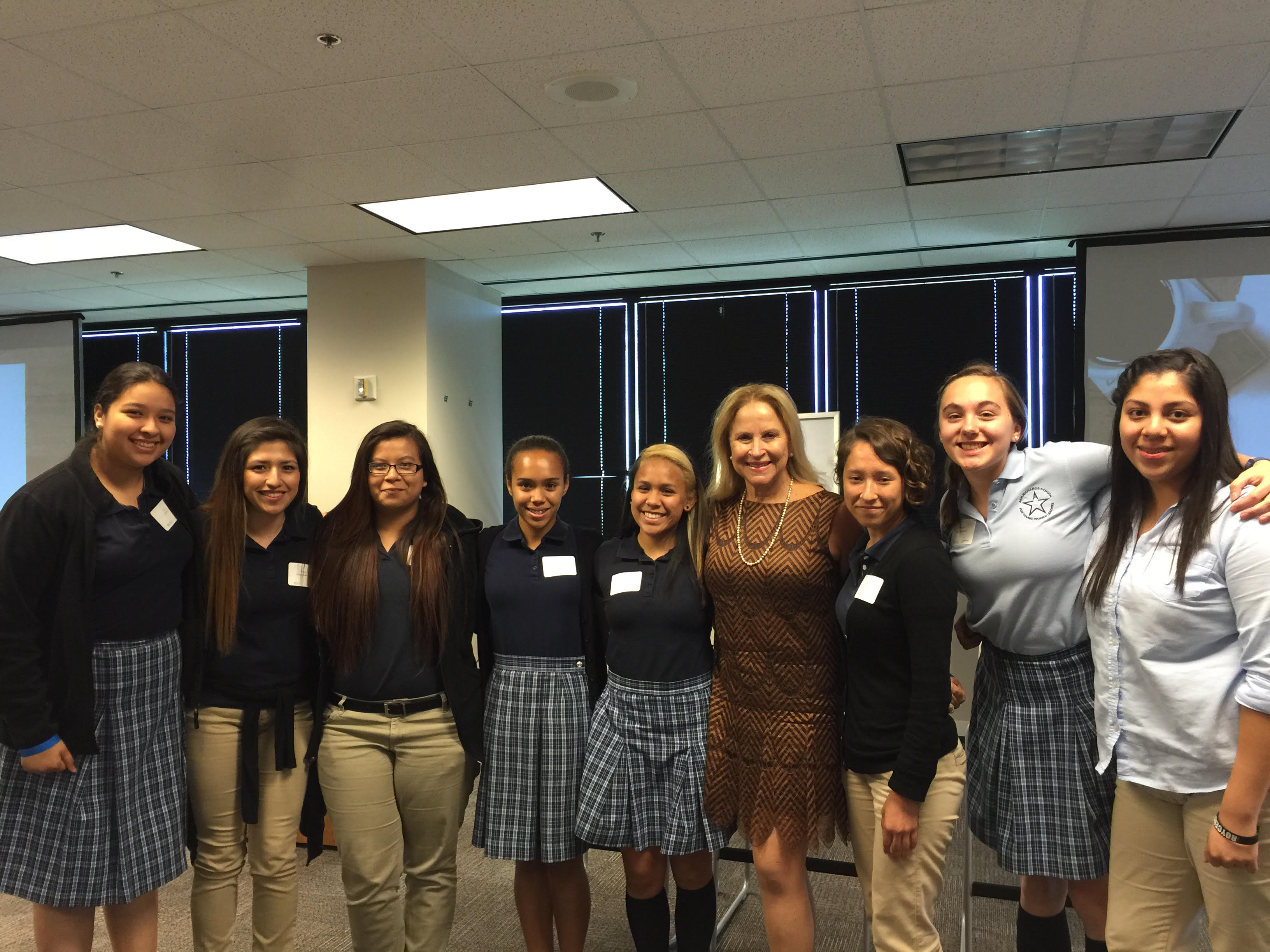 Texas REachout for Ann Richards School Larraine with girls at Intel