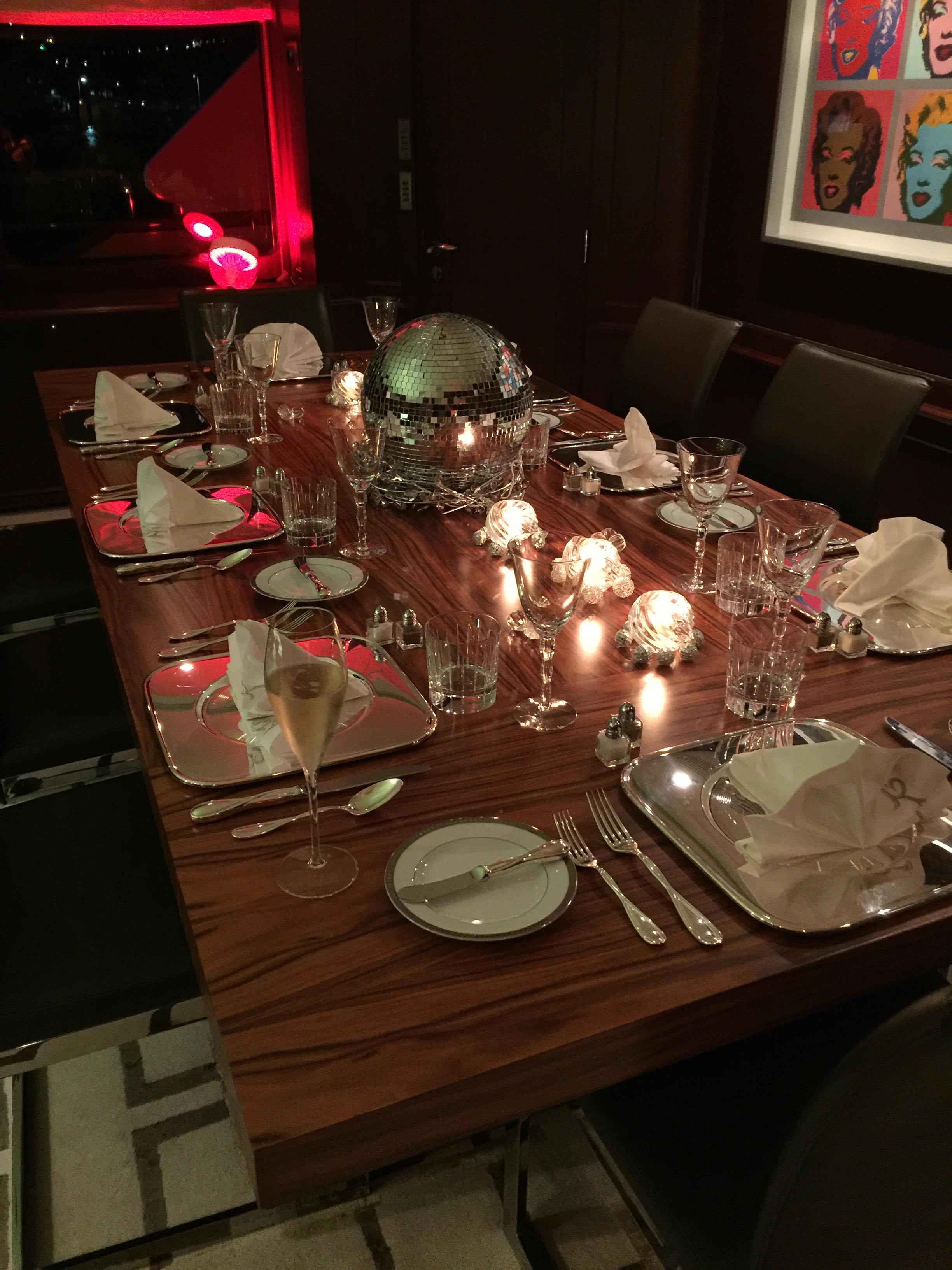Glorious table setting on Kai