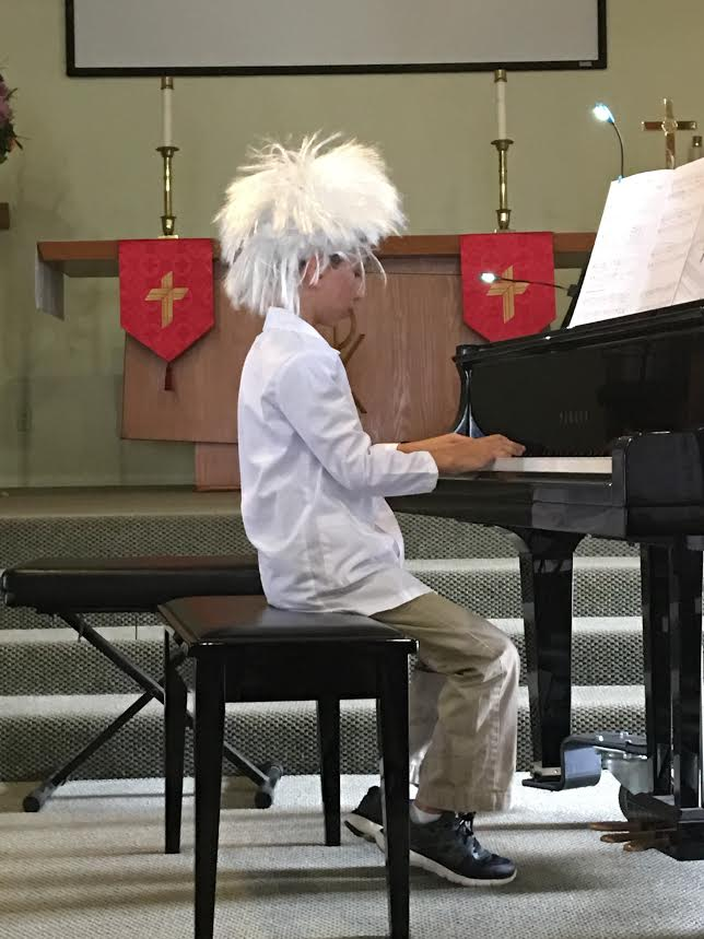 jack-playing-piano-recital-nov-2016