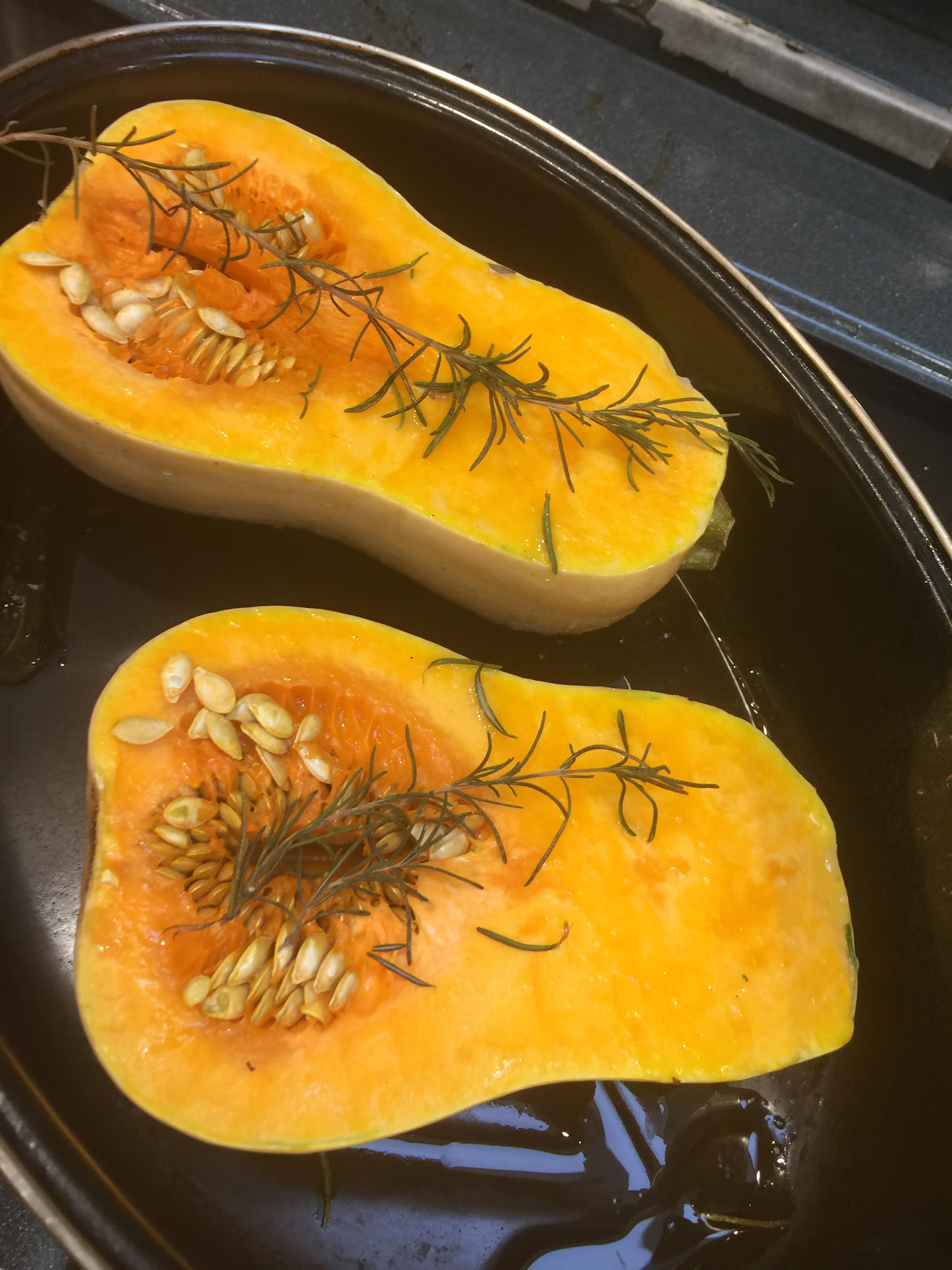 butternut-squash-roasting-with-rosemary